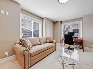 Photo 37: 18 Coulee View SW in Calgary: Cougar Ridge Detached for sale : MLS®# A1145614