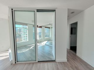 """Photo 13: 1602 1009 EXPO Boulevard in Vancouver: Yaletown Condo for sale in """"Landmark 33"""" (Vancouver West)  : MLS®# R2593362"""