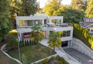 Main Photo: 947 HUNTINGDON Crescent in North Vancouver: Dollarton House for sale : MLS®# R2615752