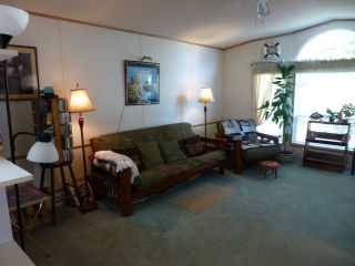"""Photo 8: 26 24330 FRASER Highway in Langley: Otter District Manufactured Home for sale in """"LANGLEY GROVE ESTATES"""" : MLS®# R2264005"""