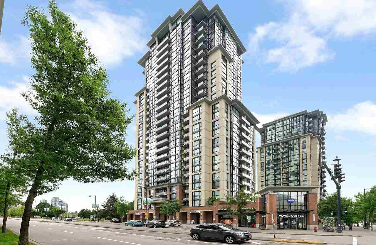 """Main Photo: 502 10777 UNIVERSITY Drive in Surrey: Whalley Condo for sale in """"City Point"""" (North Surrey)  : MLS®# R2583911"""