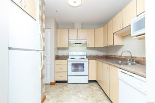 Photo 6: 201 1015 Johnson St in : Vi Downtown Condo for sale (Victoria)  : MLS®# 855458