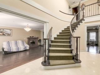 Photo 2: 5725 HOLLAND Street in Vancouver: Southlands House for sale (Vancouver West)  : MLS®# R2206914