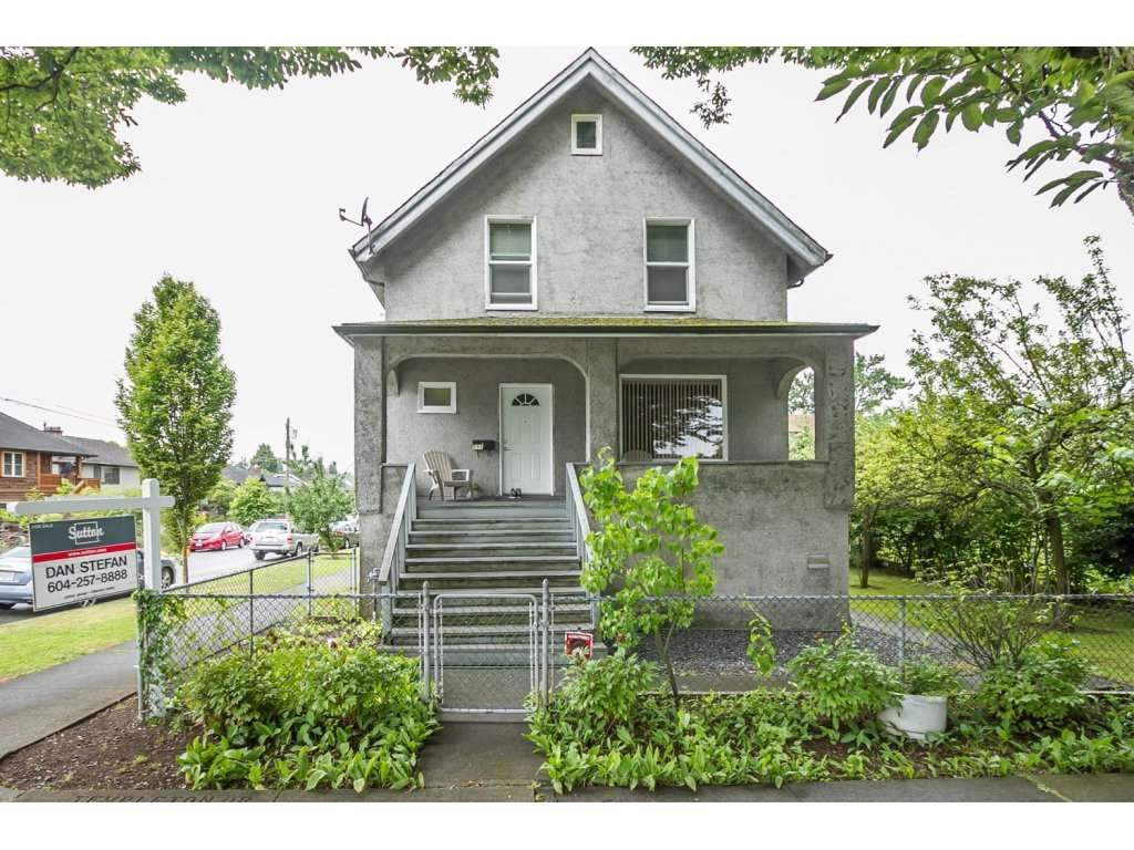 Main Photo: 557 TEMPLETON Drive in Vancouver: Hastings House for sale (Vancouver East)  : MLS®# R2090029