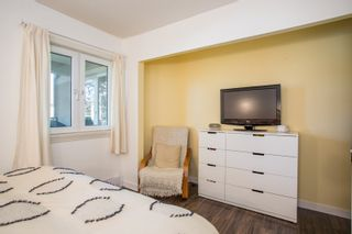 """Photo 13: 202 1450 E 7TH Avenue in Vancouver: Grandview VE Condo for sale in """"Ridgeway Place"""" (Vancouver East)  : MLS®# R2340173"""
