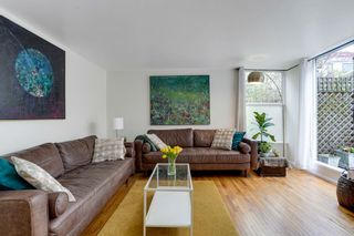 Photo 3: 2379 CYPRESS Street in Vancouver: Kitsilano Townhouse for sale (Vancouver West)  : MLS®# R2560555