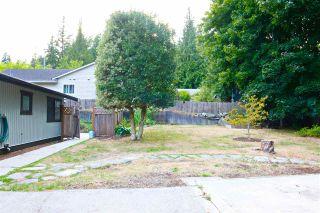 Photo 13: 5778 EBBTIDE Street in Sechelt: Sechelt District House for sale (Sunshine Coast)  : MLS®# R2396362