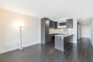 "Photo 14: 1807 668 COLUMBIA Street in New Westminster: Quay Condo for sale in ""TRAPP & HOLBROOK"" : MLS®# R2545473"