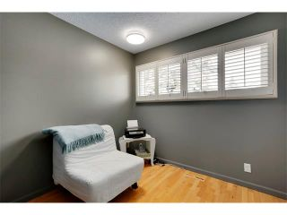 Photo 16: 6224 LONGMOOR Way SW in Calgary: Lakeview House for sale