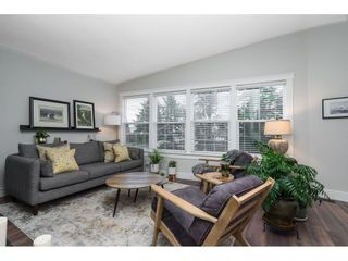 Photo 7: 15857 RUSSELL Avenue: White Rock House for sale (South Surrey White Rock)  : MLS®# R2534291