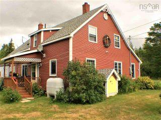 Photo 3: 568 Big Farm Road in Baddeck: 209-Victoria County / Baddeck Residential for sale (Cape Breton)  : MLS®# 202122894