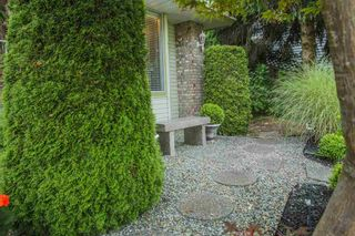 """Photo 3: 987 CITADEL Drive in Port Coquitlam: Citadel PQ House for sale in """"CITADEL HEIGHTS"""" : MLS®# R2149630"""