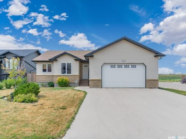 Main Photo: 200 Diefenbaker Avenue in Hague: Residential for sale : MLS®# SK866047