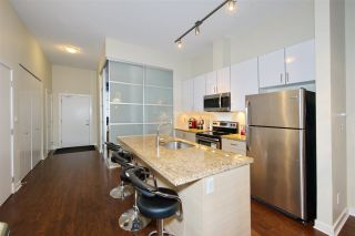 """Photo 10: 102 3688 INVERNESS Street in Vancouver: Knight Condo for sale in """"Charm"""" (Vancouver East)  : MLS®# R2488351"""