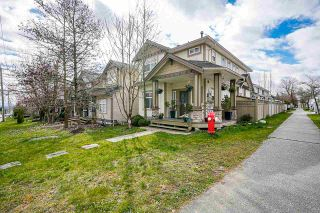Photo 3: 15902 88 Avenue in Surrey: Fleetwood Tynehead House for sale : MLS®# R2564386
