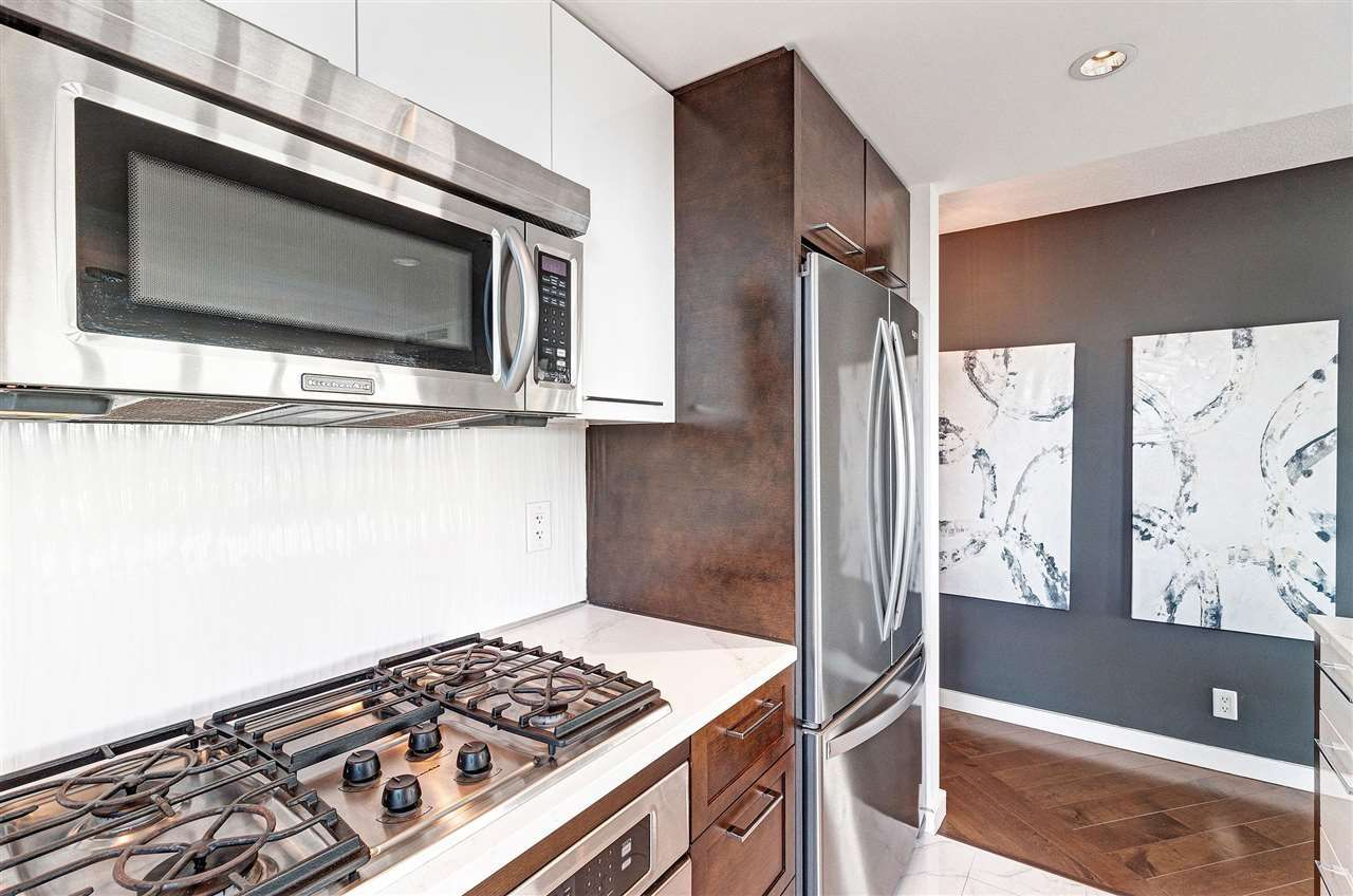 Photo 10: Photos: 806 918 COOPERAGE WAY in Vancouver: Yaletown Condo for sale (Vancouver West)  : MLS®# R2589015