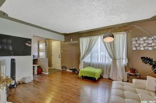 Photo 3: 3721 Caen Avenue in Regina: River Heights RG Residential for sale : MLS®# SK865504