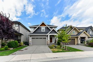 Photo 1: 21071 78B AVENUE in Langley: Willoughby Heights House for sale : MLS®# R2294618