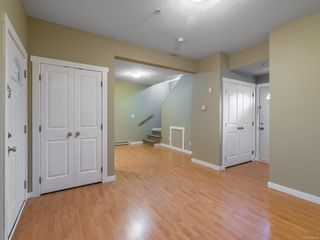 Photo 7: 102 582 Rosehill St in : Na Central Nanaimo Row/Townhouse for sale (Nanaimo)  : MLS®# 886786