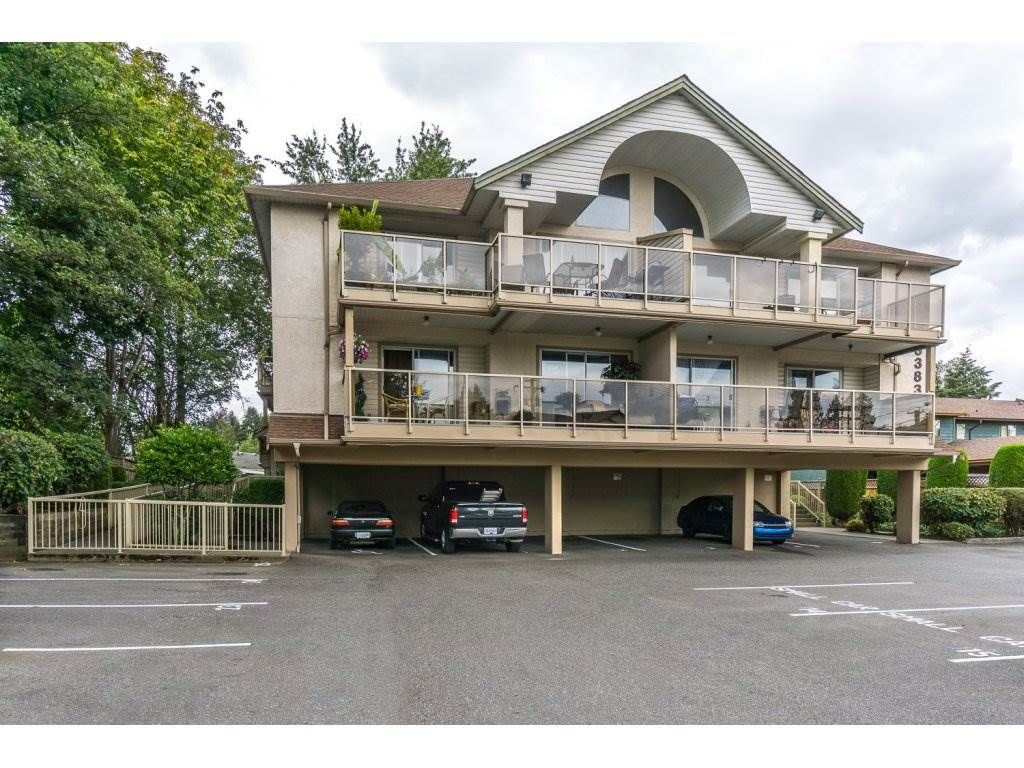 """Photo 2: Photos: 302 33839 MARSHALL Road in Abbotsford: Central Abbotsford Condo for sale in """"Cityscape"""" : MLS®# R2106369"""