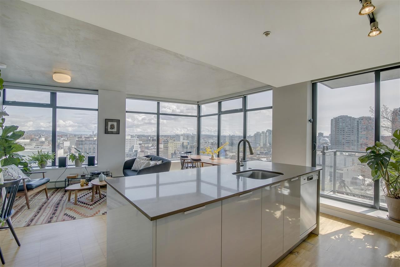 Main Photo: 1204 108 W CORDOVA STREET in Vancouver: Downtown VW Condo for sale (Vancouver West)  : MLS®# R2252082