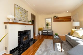Photo 3: 4012 N Raymond St in : SW Glanford House for sale (Saanich West)  : MLS®# 882577