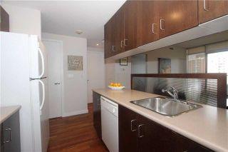 Photo 9: 285 Mutual St Unit #1305 in Toronto: Church-Yonge Corridor Condo for sale (Toronto C08)  : MLS®# C3977337