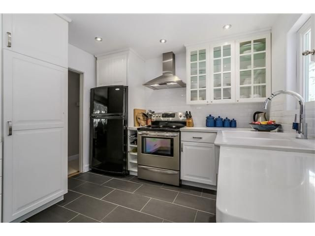 """Photo 4: Photos: 1361 E 15TH Street in North Vancouver: Westlynn House for sale in """"WESTLYNN"""" : MLS®# V1129244"""