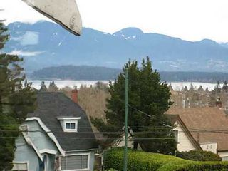 Photo 3: 3996 10 Ave W in Vancouver West: Home for sale : MLS®# V989873