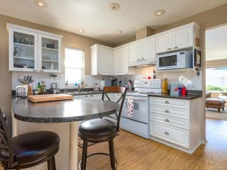 Photo 4: 3 2010 20th St in COURTENAY: CV Courtenay City Row/Townhouse for sale (Comox Valley)  : MLS®# 800200