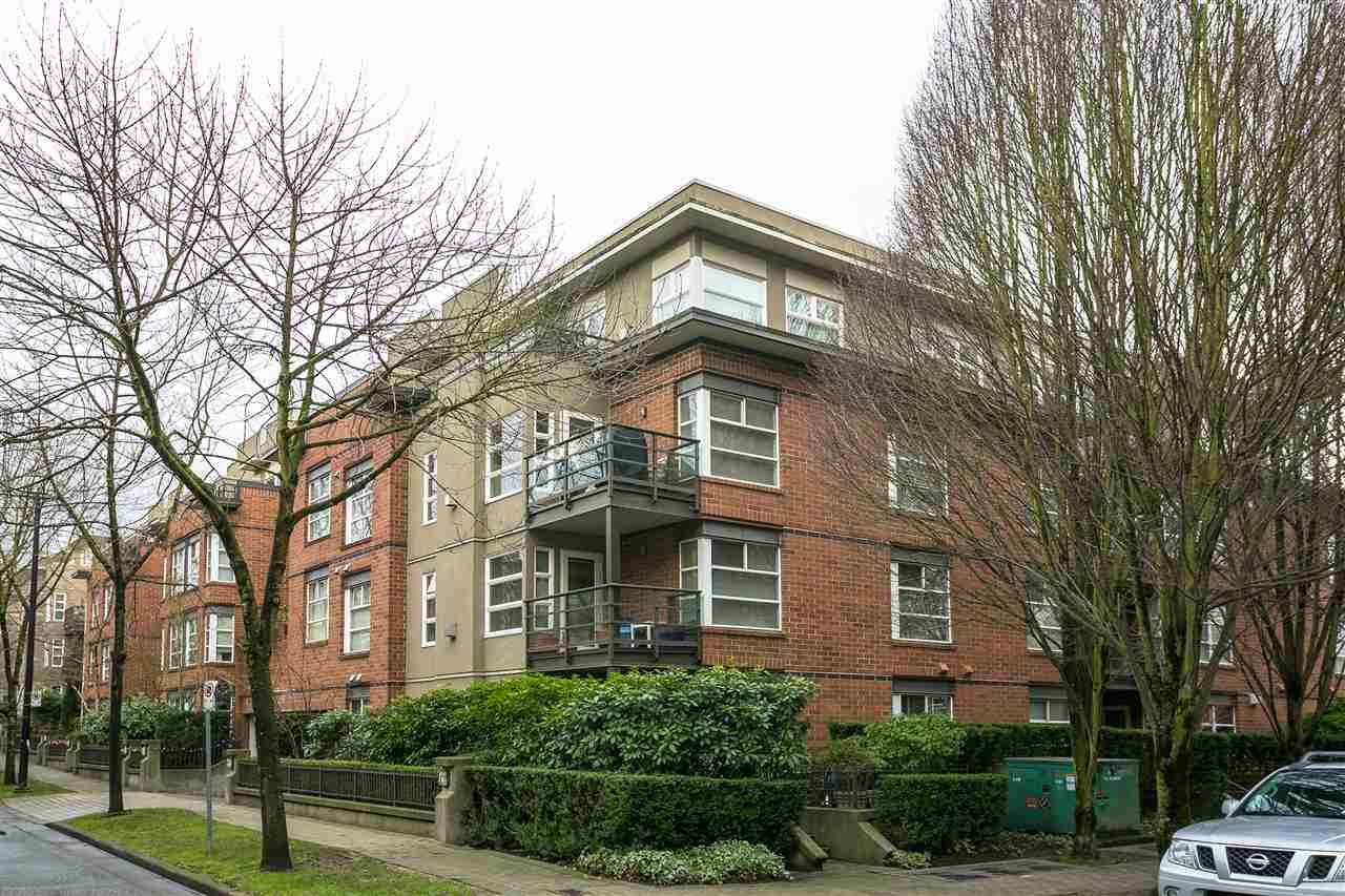 """Photo 14: Photos: 309 2181 W 12TH Avenue in Vancouver: Kitsilano Condo for sale in """"Carlings"""" (Vancouver West)  : MLS®# R2517965"""