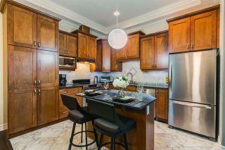 Photo 3: 1005 10142 111 Street in Edmonton: Zone 12 Condo for sale : MLS®# E4243410