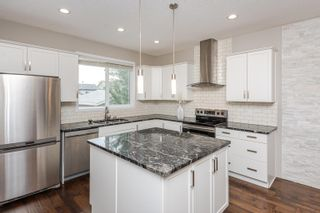 Photo 11: 17567 59 Street in Edmonton: Zone 03 House for sale : MLS®# E4259556