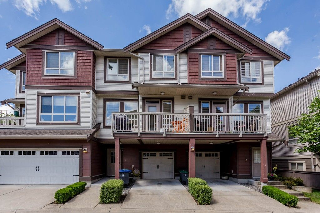 Main Photo: 8 19560 68 Avenue in Surrey: Clayton Townhouse for sale : MLS®# R2179592