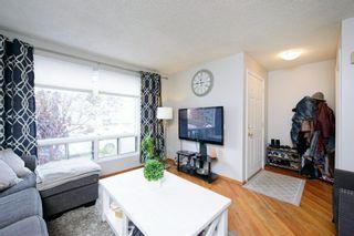 Photo 3: 39 Cedardale Road SW in Calgary: Cedarbrae Semi Detached for sale : MLS®# A1057502