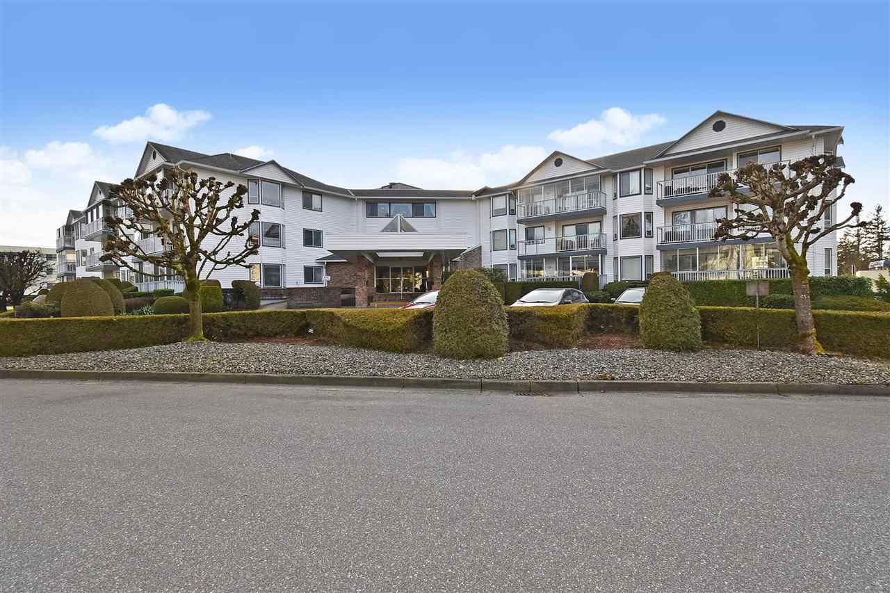 "Main Photo: 306 2425 CHURCH Street in Abbotsford: Abbotsford West Condo for sale in ""PARKVIEW PLACE"" : MLS®# R2544905"