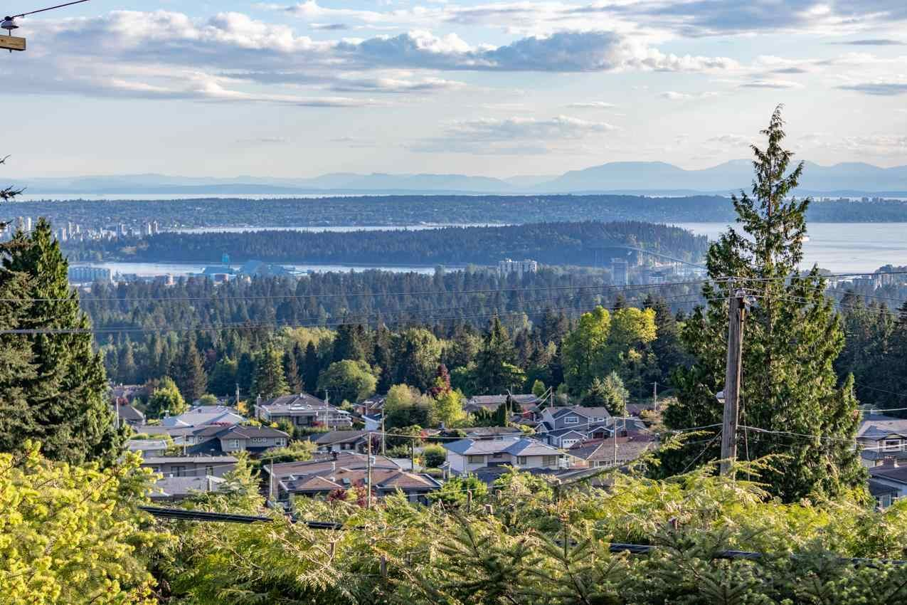 Photo 21: Photos: 385 MONTERAY Avenue in North Vancouver: Upper Delbrook House for sale : MLS®# R2582994