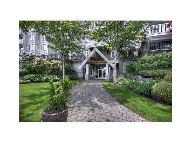 Main Photo: 308 1438 PARKWAY Boulevard in Coquitlam: Westwood Plateau Condo for sale : MLS®# V980285