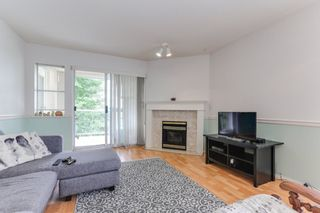 """Photo 3: 301 22722 LOUGHEED Highway in Maple Ridge: East Central Condo for sale in """"Marks Place"""" : MLS®# R2381095"""