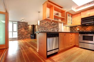 """Photo 19: 407 2515 ONTARIO Street in Vancouver: Mount Pleasant VW Condo for sale in """"ELEMENTS"""" (Vancouver West)  : MLS®# R2528697"""