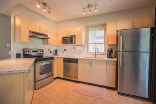 """Photo 5: 73 20760 DUNCAN Way in Langley: Langley City Townhouse for sale in """"WYNDHAM LANE"""" : MLS®# R2101969"""