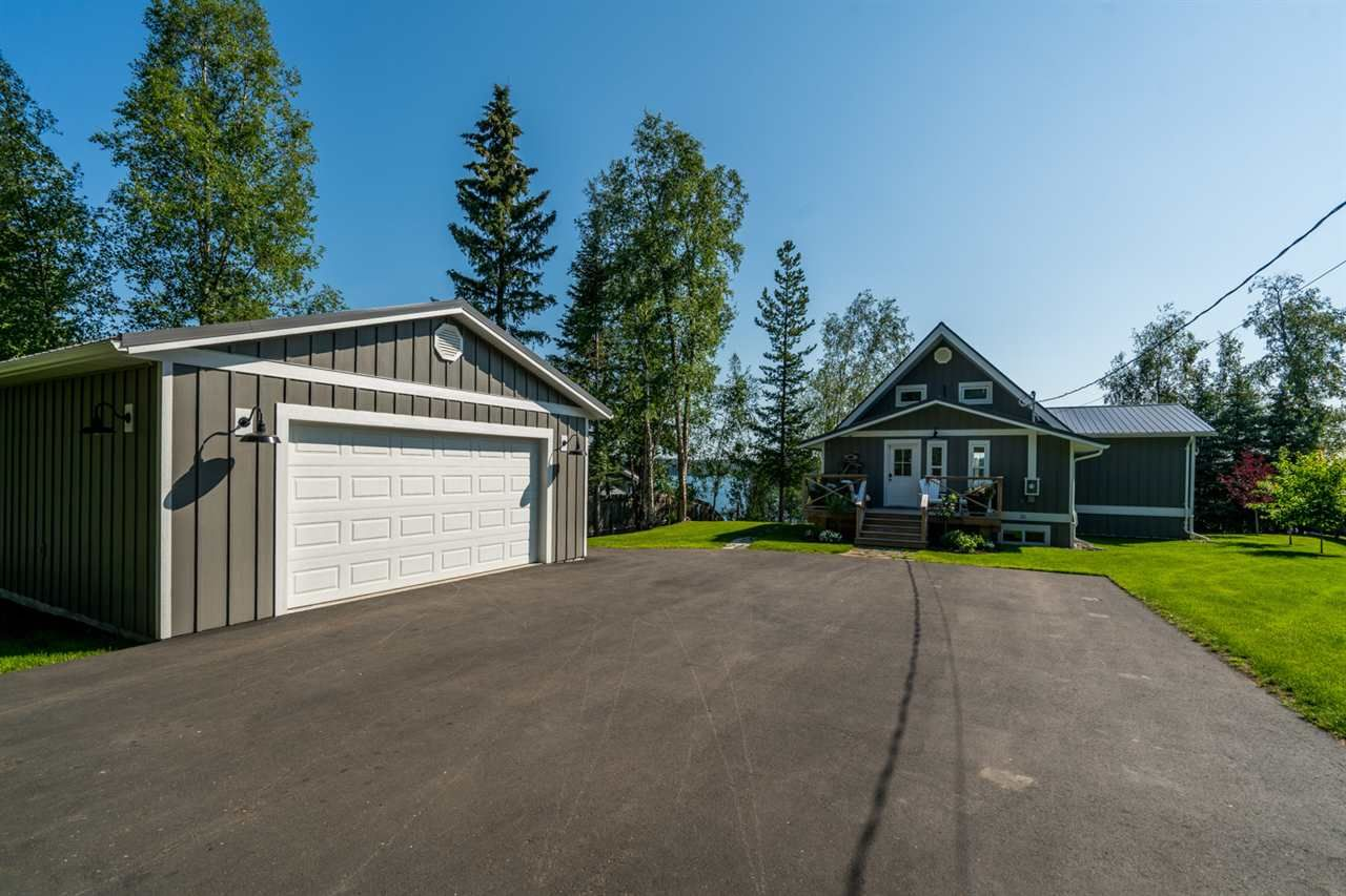 Paved Driveway, lots of room for RV parking