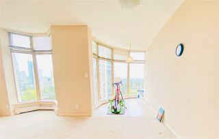 """Photo 3: 2301 6188 PATTERSON Avenue in Burnaby: Metrotown Condo for sale in """"THE WIMBELDON CLUB"""" (Burnaby South)  : MLS®# R2580612"""