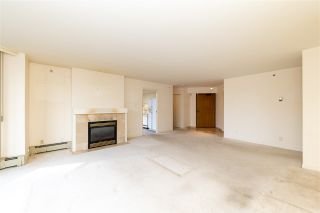 """Photo 2: 401 2108 W 38TH Avenue in Vancouver: Kerrisdale Condo for sale in """"the Wilshire"""" (Vancouver West)  : MLS®# R2510229"""