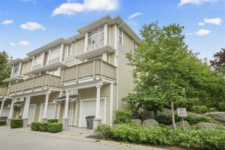 """Photo 2: 990 W 58TH Avenue in Vancouver: South Cambie Townhouse for sale in """"Churchill Gardens"""" (Vancouver West)  : MLS®# R2472481"""