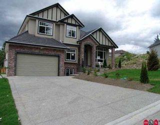 Photo 3: 18023 63B AV in Surrey: Cloverdale BC House for sale (Cloverdale)  : MLS®# F2613732