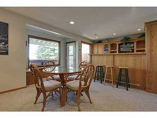 Photo 17: 147 EDGEBROOK Circle NW in Calgary: 2 Storey for sale : MLS®# C3580214