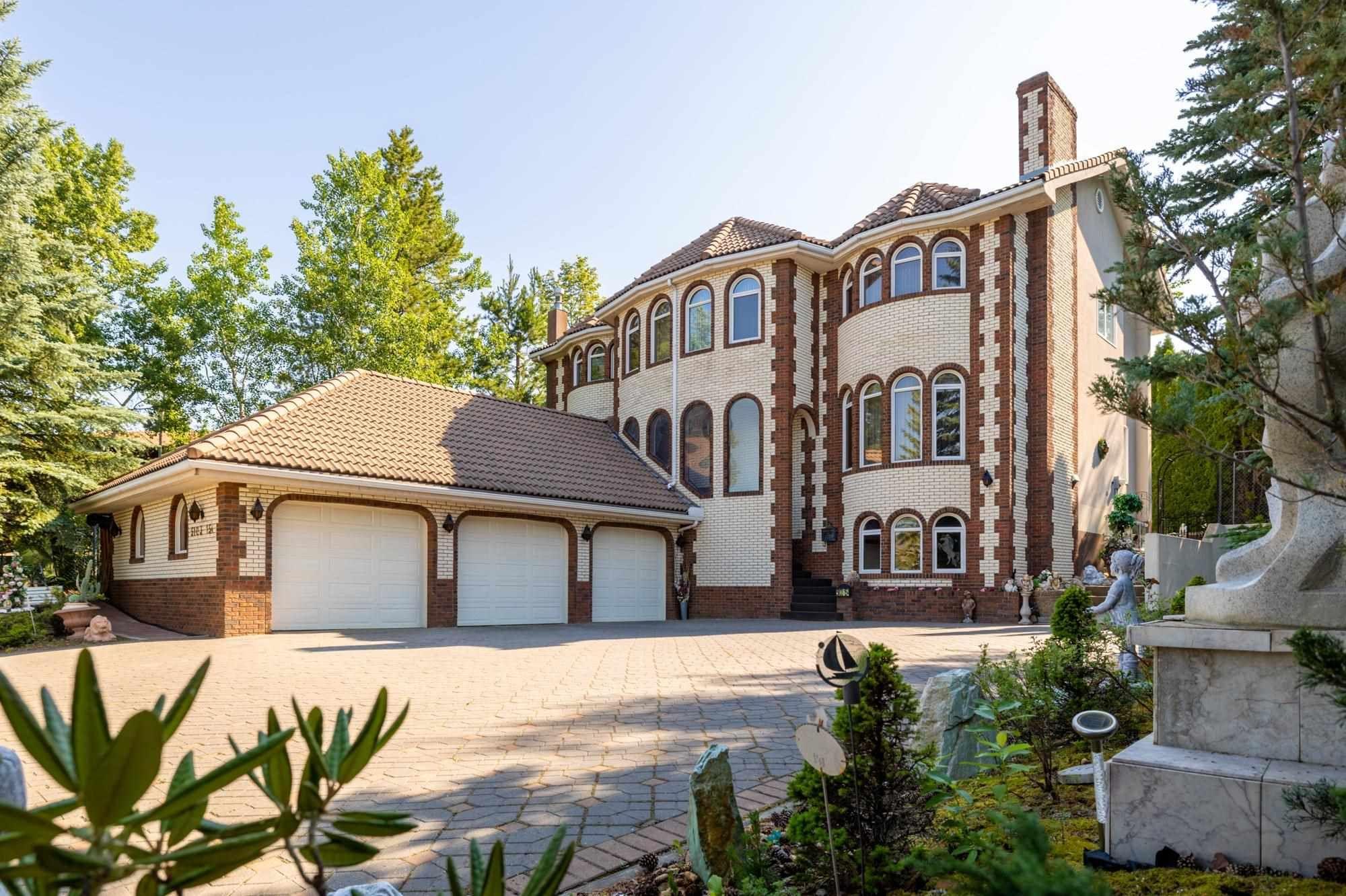 Main Photo: 5103 154 Street in Edmonton: Zone 14 House for sale : MLS®# E4261585