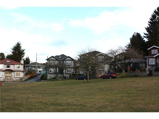 Photo 18: Photos: 43 DIEPPE Place in Vancouver: Renfrew Heights House for sale (Vancouver East)  : MLS®# V1061962