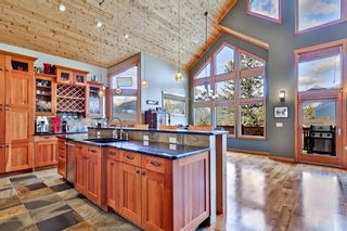 Photo 7: 812 Silvertip Heights: Canmore Detached for sale : MLS®# A1120458